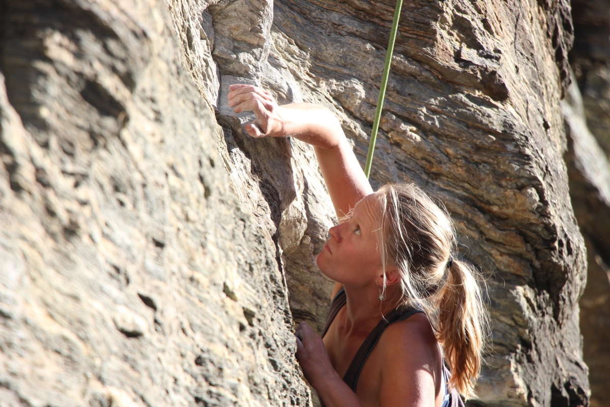 On Pictures of Yourself Climbing and Saying Goodbye